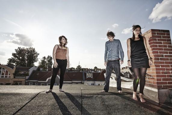 Anna Morley (l.) mit Band, Foto: Marco Floris © 2013