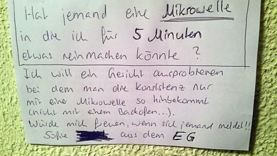 Entdeckt von ANNE im Hausflur in der Parchimer Allee in Neukölln.