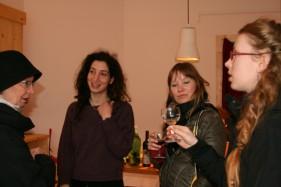 4 Frauen mit WEingläsern