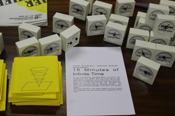 15 Minuten unendliche Zeit werden dem Besucher in die Hand gegeben.