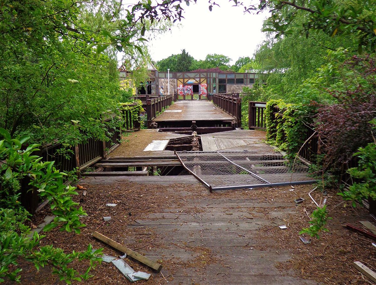 greenpark statt blub ruine berlin neuk lln. Black Bedroom Furniture Sets. Home Design Ideas