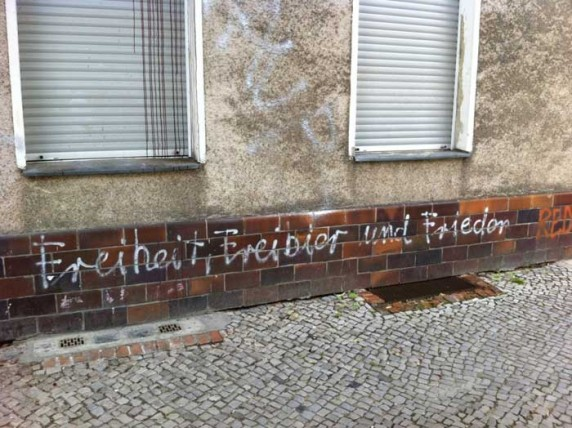 Entdeckt von Martin in der Reuterstraße.
