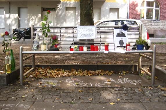 Schmittis Bank am Boddinplatz. (Foto: Bernd Volkert)