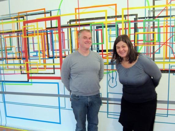 Nicht traurig sein! Martin Steffens (l.) und Susann Kramer in der allerletzten Ausstellung in der Thomasstraße (Foto: Cara Wuchold)