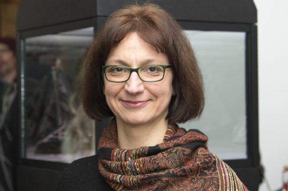 Dorothee Bienert, freie Kuratorin und Jury-Mitglied für den Neuköllner Kunstpreis
