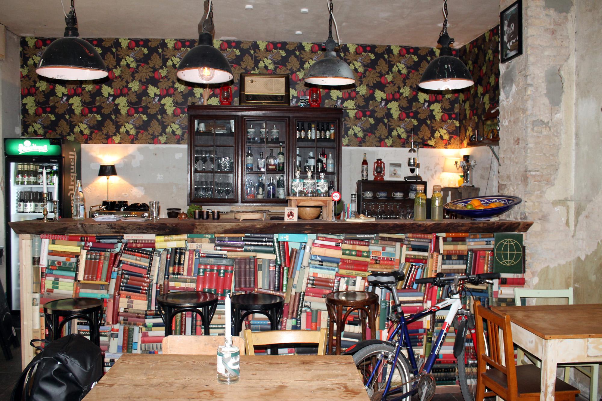 nachbarn wehren sich gegen hostel berlin neuk lln. Black Bedroom Furniture Sets. Home Design Ideas