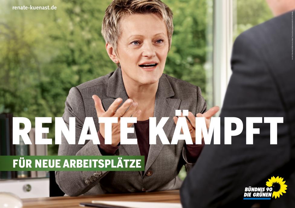 """Grünen-Plakat mit Renate Künast: """"Renate kämpft"""" - das muss sie auch. Derzeit steht ihre Partei bei 20,5 Prozent und ist damit gleich auf mit der CDU."""