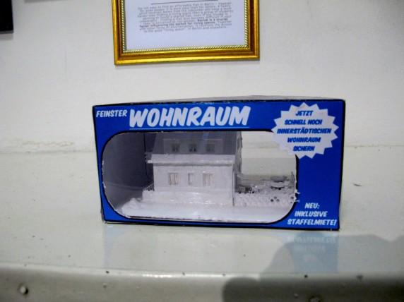 Modellhaus in Schachtel