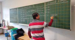 Viele Geflüchtete wünschen sich ein größeres Angebot an Deutschkursen.