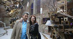 """Ron und Britta vor ihrem Projekt """"Biorama"""". Foto: Thomas Burckhardt"""