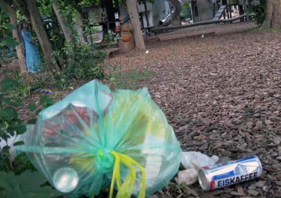 Müll wird in der Köllnischen Heide entsorgt wie von Zauberhand (Foto: Cornelia Saxe)