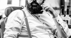Akkurat frisiert - Hussein Seif in seinem Barbershop (Foto: Alexander Derr)